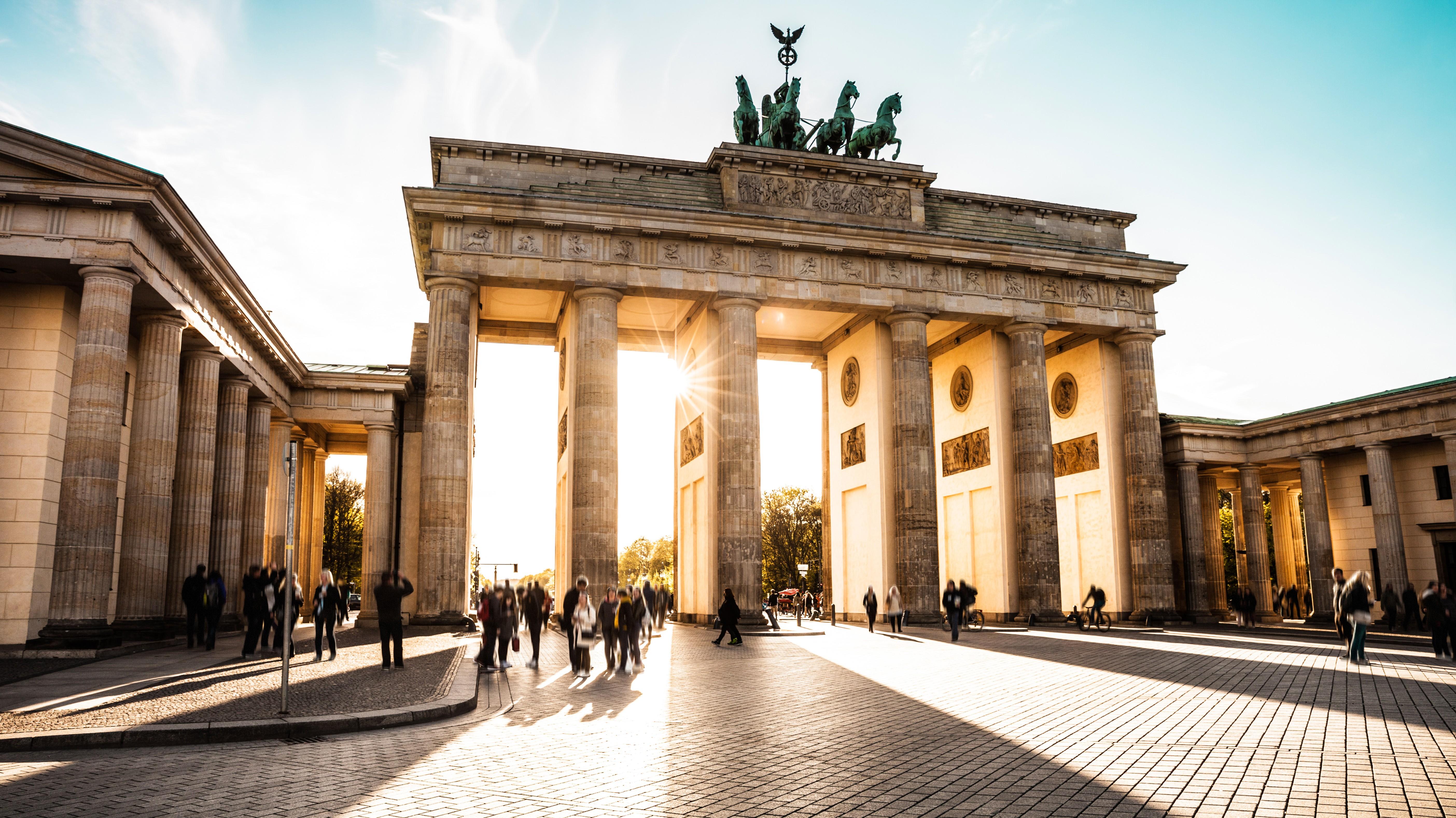 Brandenburger Tor-5616x3157.jpg